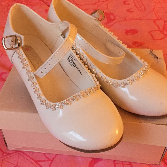 White Dress Shoes Small Heel Size